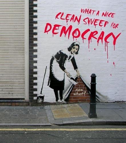 520eec97307588cee0cea3fd9edb2735-banksy-graffiti-art
